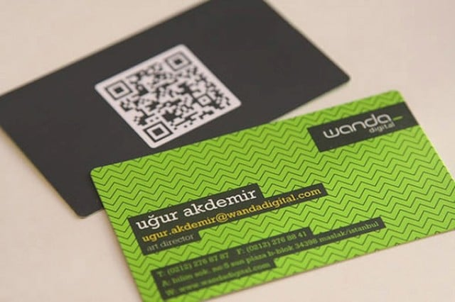 22 Great Examples of QR Code Business Cards and Business Card ...